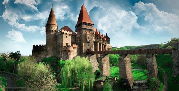 castelul-corvinilor (1)