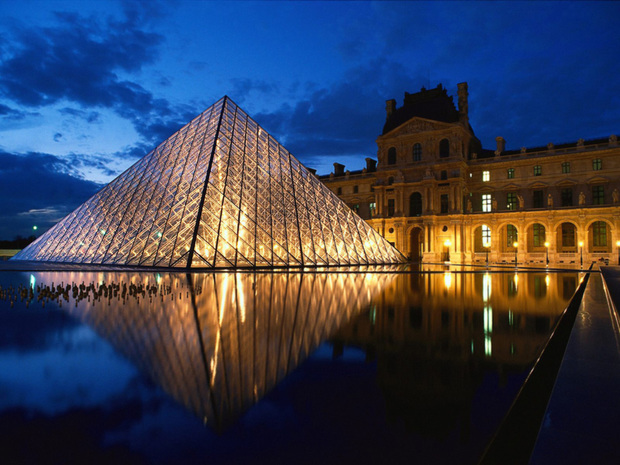 Louvre_Museum_Paris_France (1)